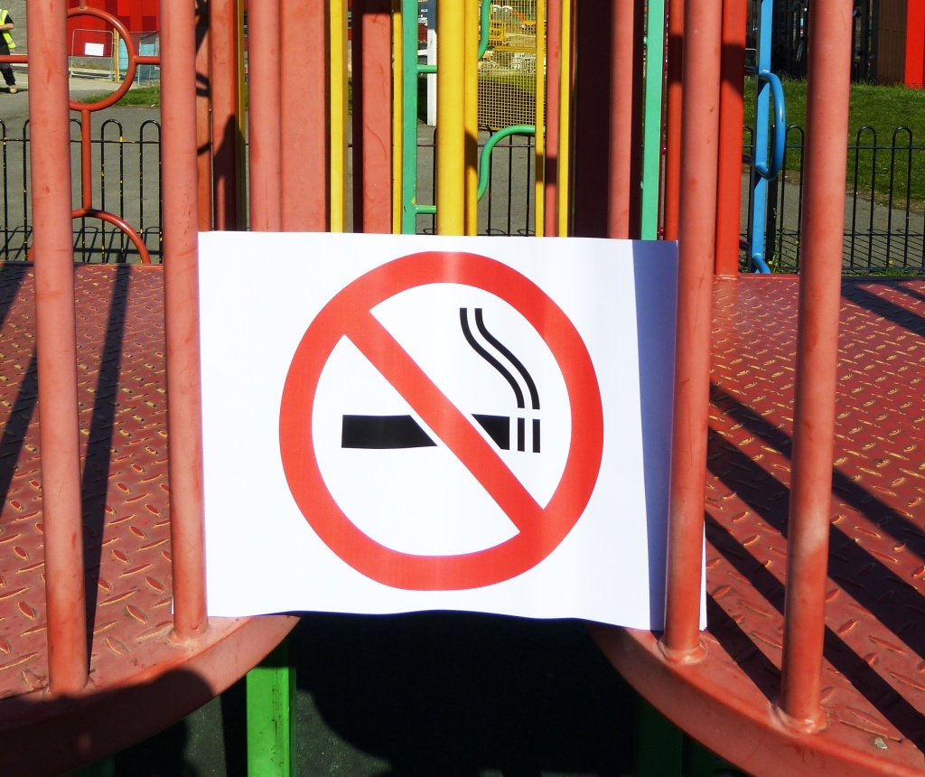 Smokefree playgrounds 1