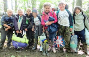 Bushcraft Into the Wilderness Kids - compressed